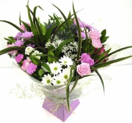 Deluxe Boxed Hand Tied
